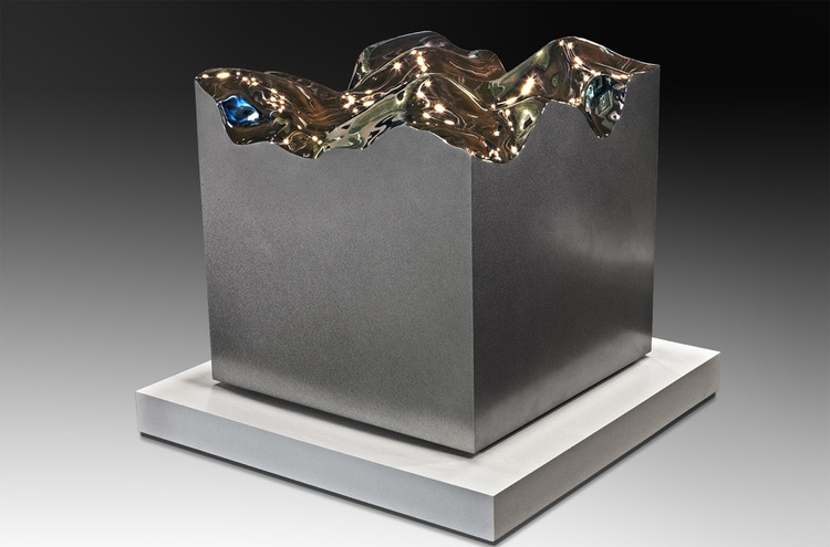 Cauldron  High Chromium Stainless Steel  30 x 30 x 30 inches 2015
