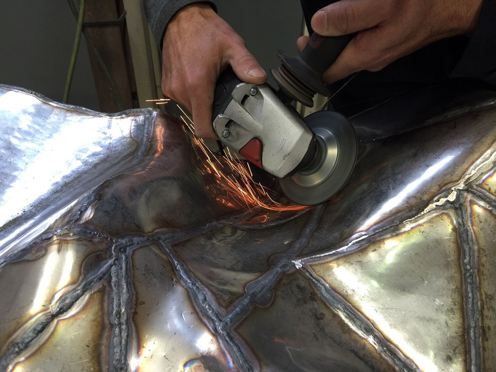 All welds are smoothed
