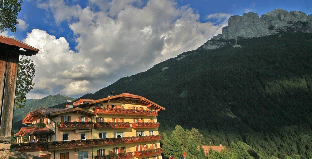 Great Circle Route, Hotel Al Piccolo, Vigo di Fassa, Italy