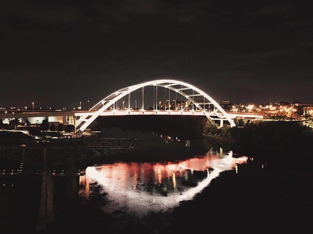 Wakka wakka  (at John Seigenthaler Pedestrian Bridge)