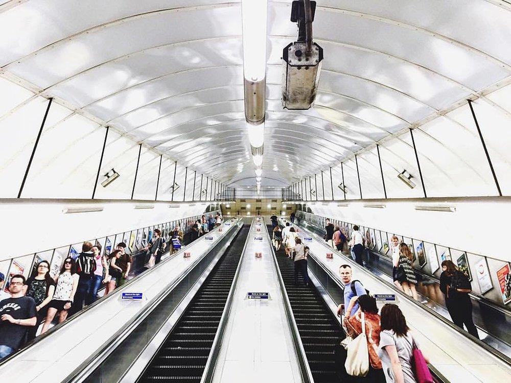 Split screen. (at Holborn London Underground Station)