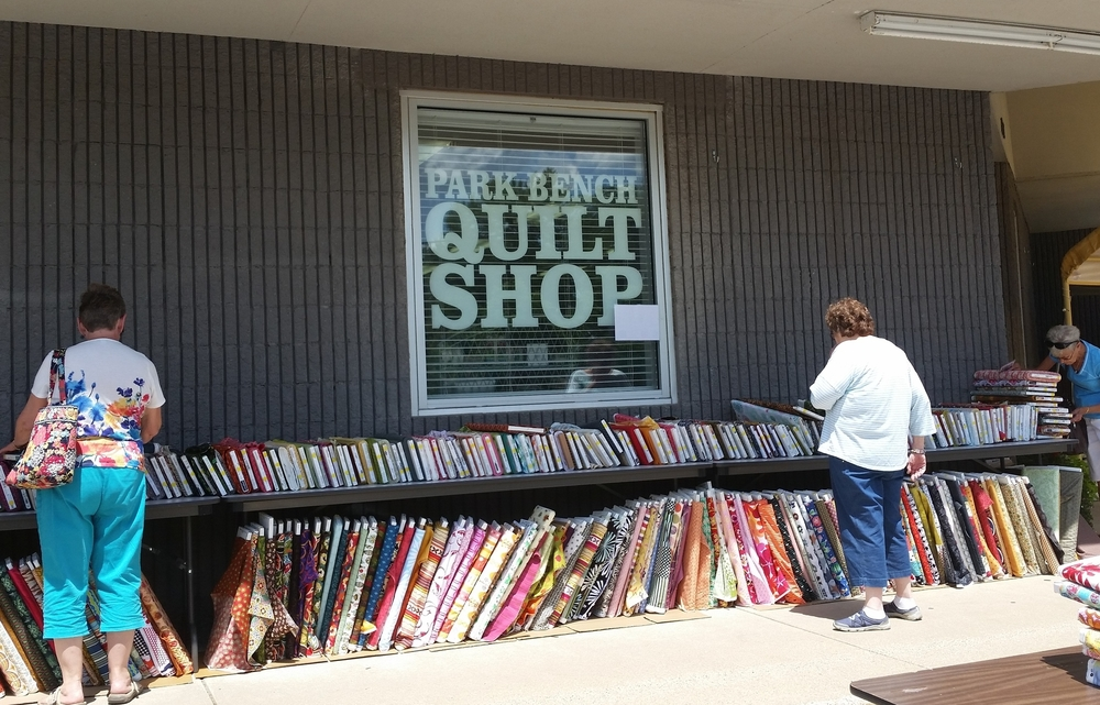 The front of Park Bench Quilt Shop.