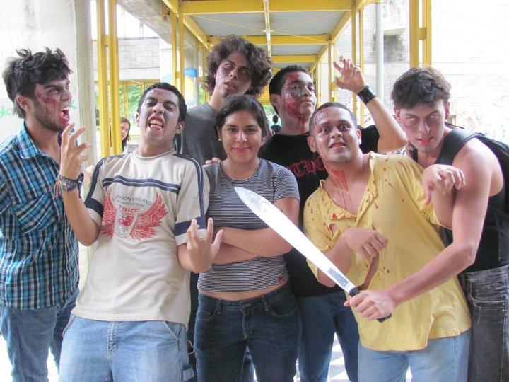 Mis primeros Zombies en el 2009, apenas comenzando.