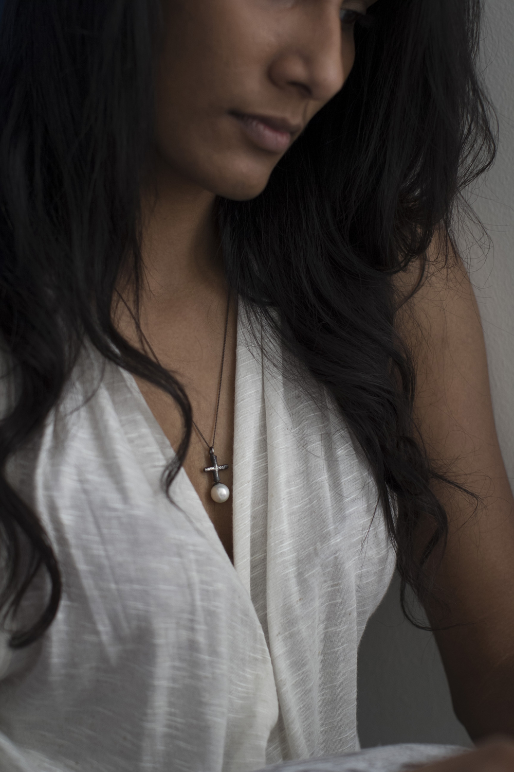 Cross Pearl necklace