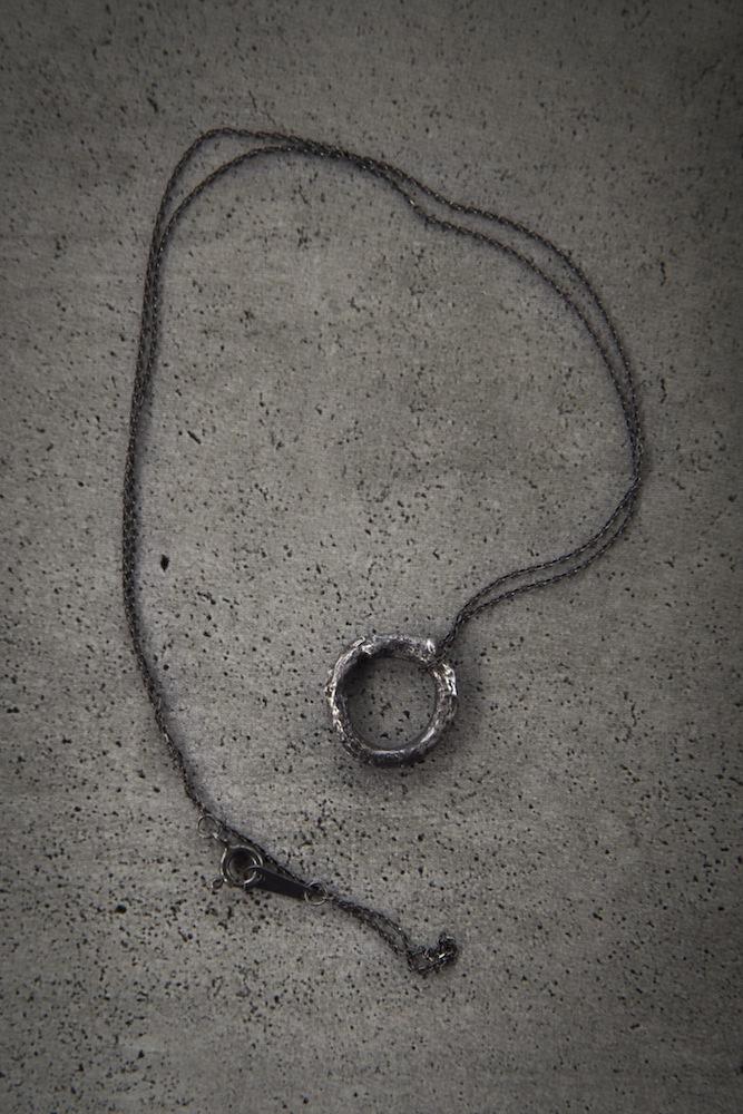 Rough Circle necklace