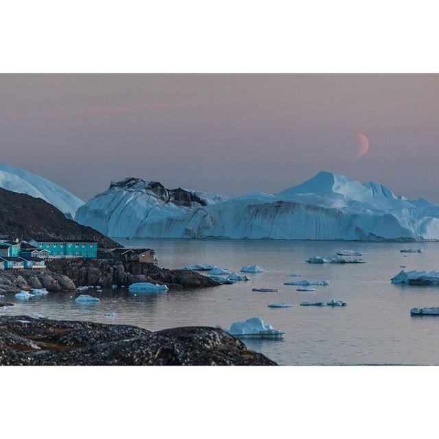 #moonset in #ilulissat, #greenland