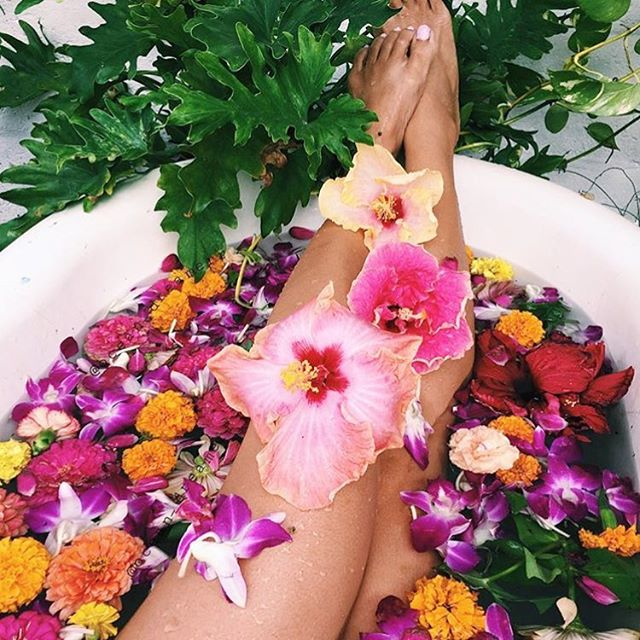 Hope your weekend was full of this... 🌸 from @ocean_dreamerr 💕