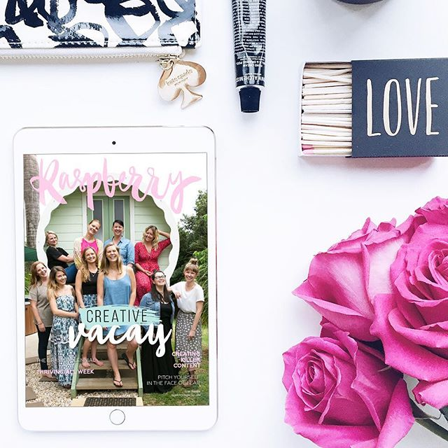 Woohoo, the brand new issue is out! 💕 need some holiday reading?? Link in profile (all free of course) ✨🎁 #raspberrymagazine