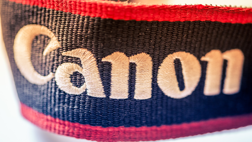 canon-camera-strap