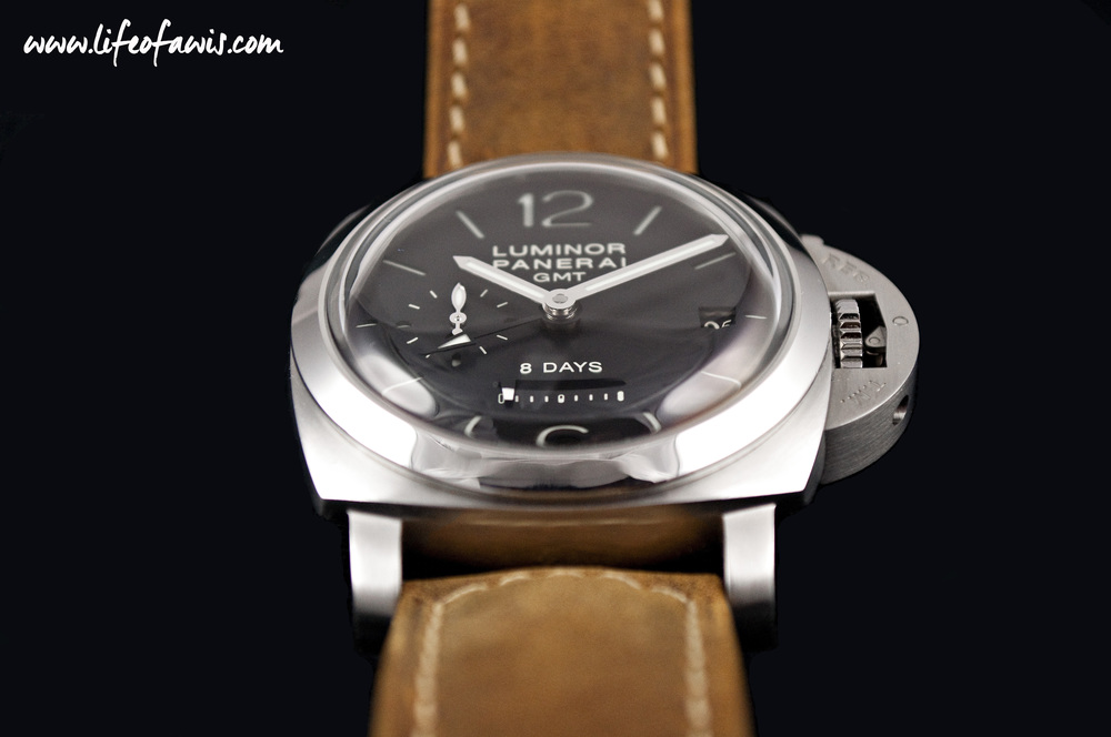 PAM 233 with a linear power reserve indicator.