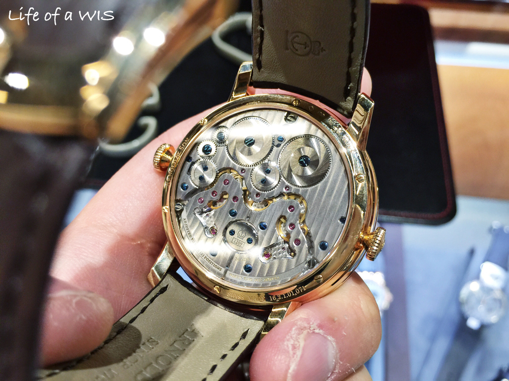 Beautiful  manufacture  movement on the DBG.