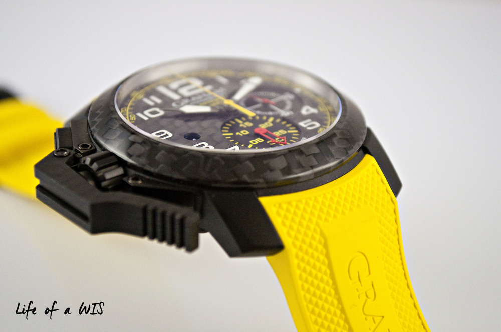 My favorite feature on the Chronofighter line, the oversized lever.