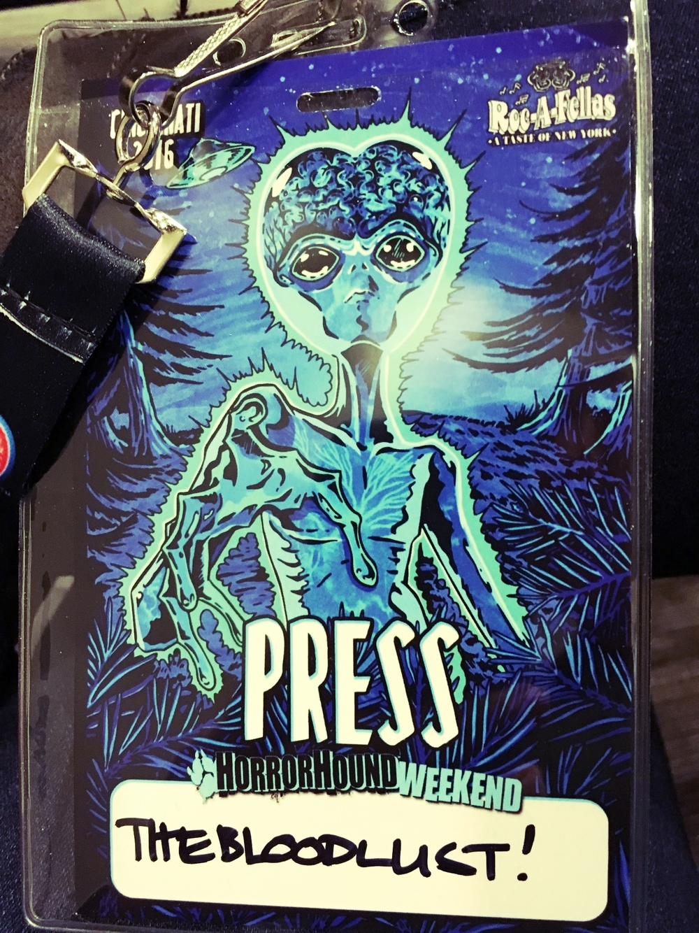 Alien-style Press Pass Hellz Yes