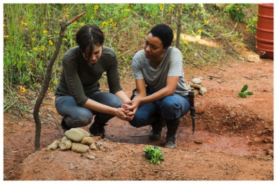 Lauren Cohan as Maggie Greene, Sonequa Martin-Green as Sasha Williams - The Walking Dead _ Season 7, Episode 5 - Photo Credit: Gene Page/AMC