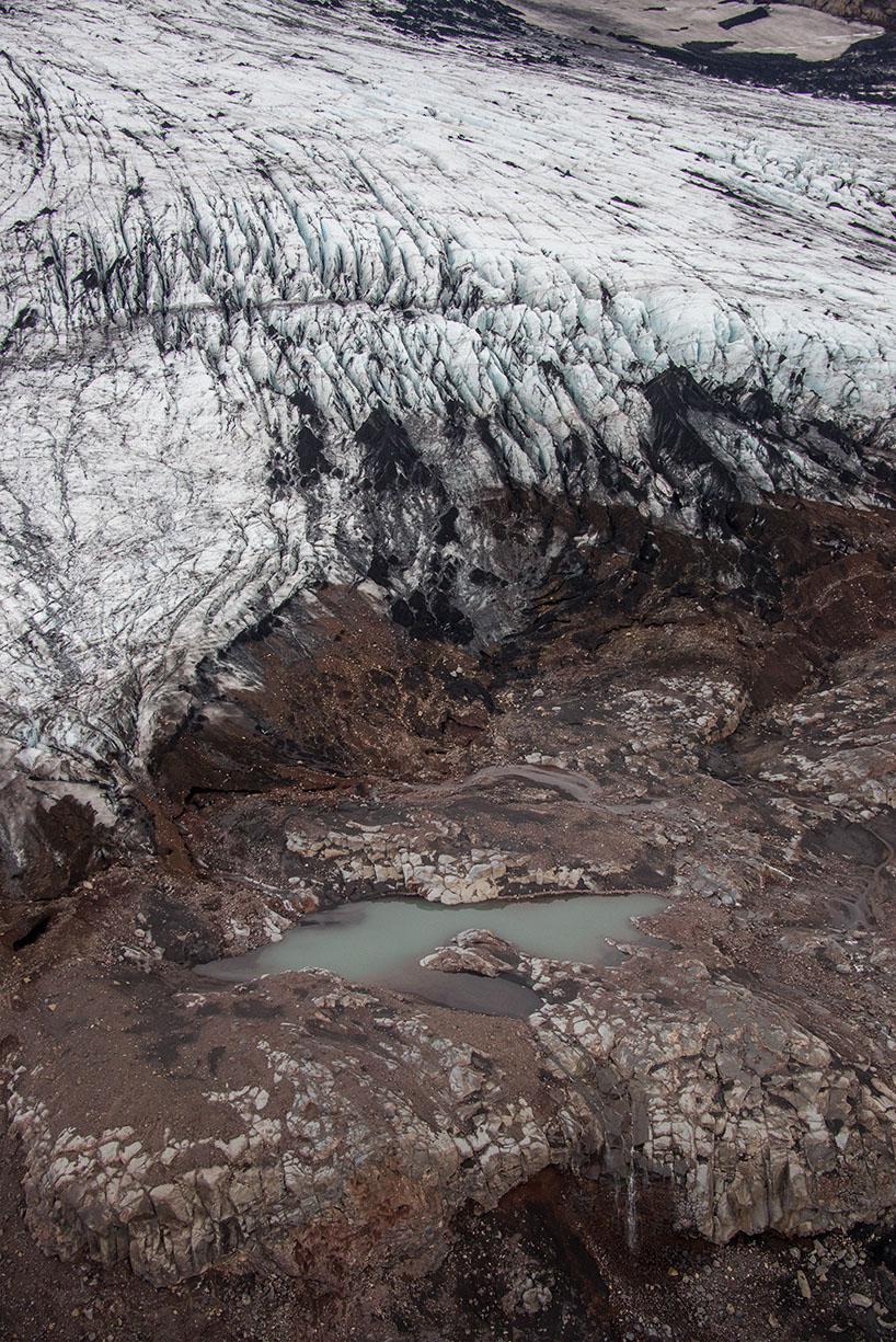Helicopter flight to Eyjafjallajökull