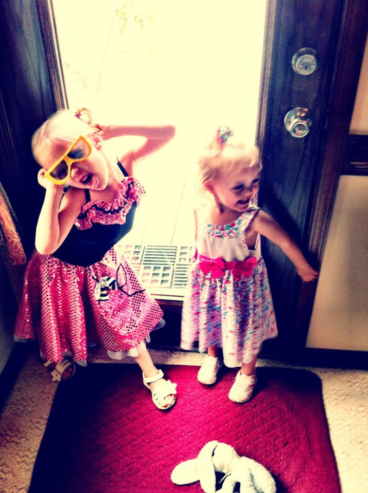 My favorite picture of Eve (left) and Sarah (right). Eve is my little clone.