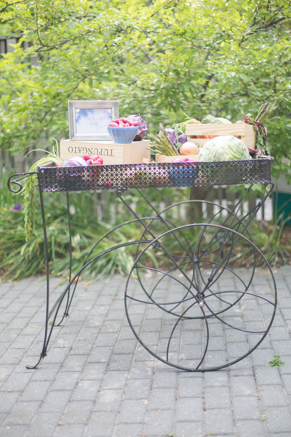 Vegetables as party favors! I love this cart so much! My friend Ruth took the mountain of veggies I brought and made it beautiful. Shout out to  Handsome Biscuit  for letting me borrow all of this!