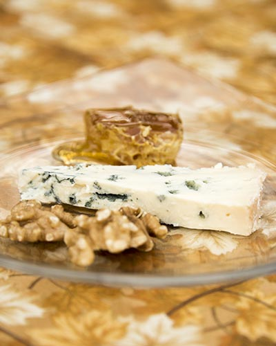 Blue with Walnuts