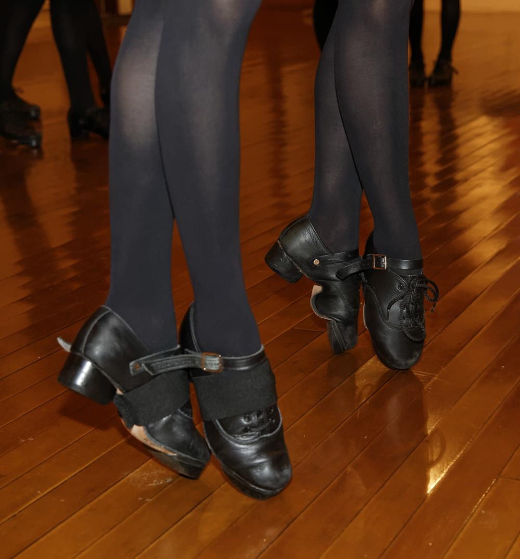 Class Schedule Tir Na Nog Irish Dance - Irish dance floor for home