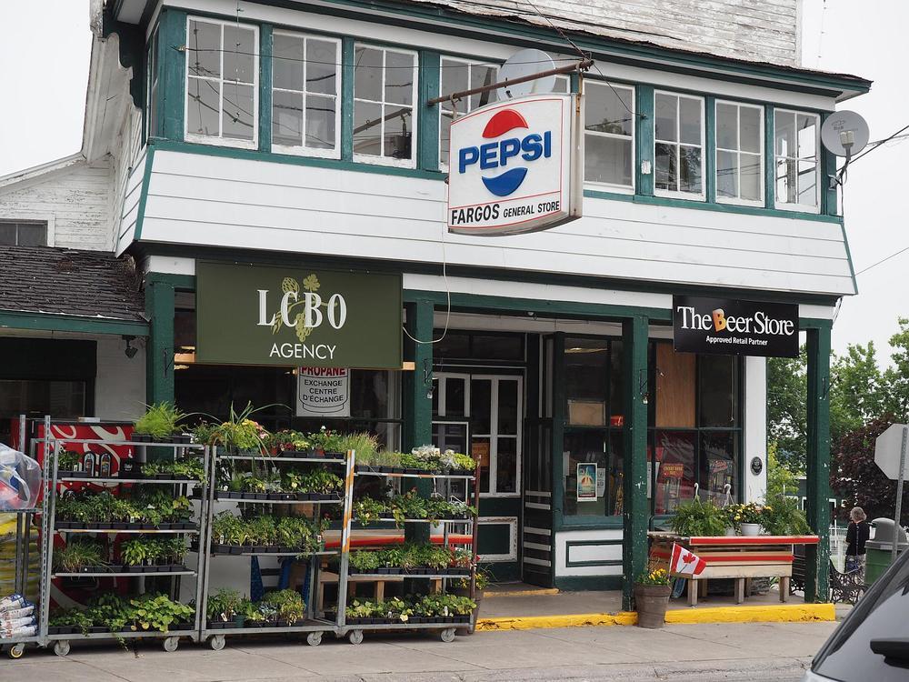 Fargo's General Store 2014