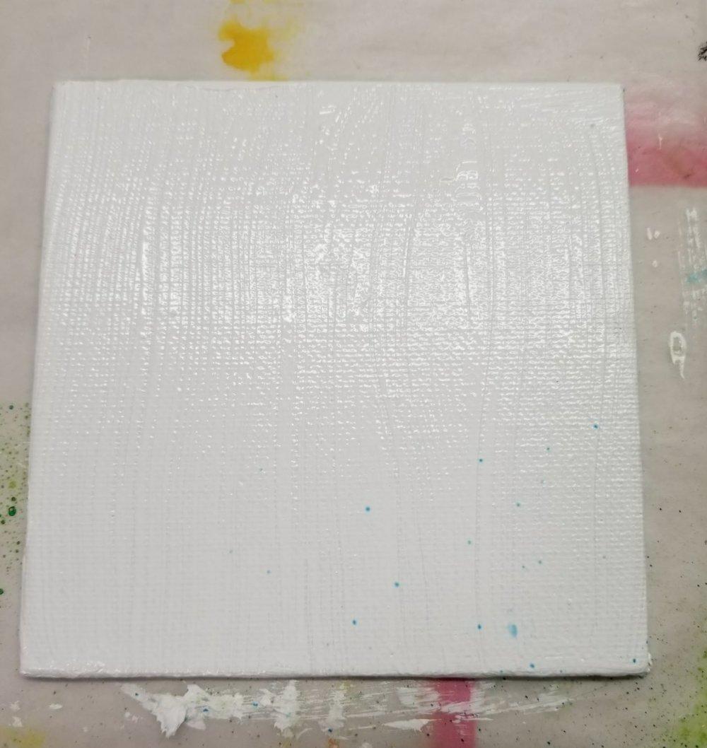 01. plain white gesso
