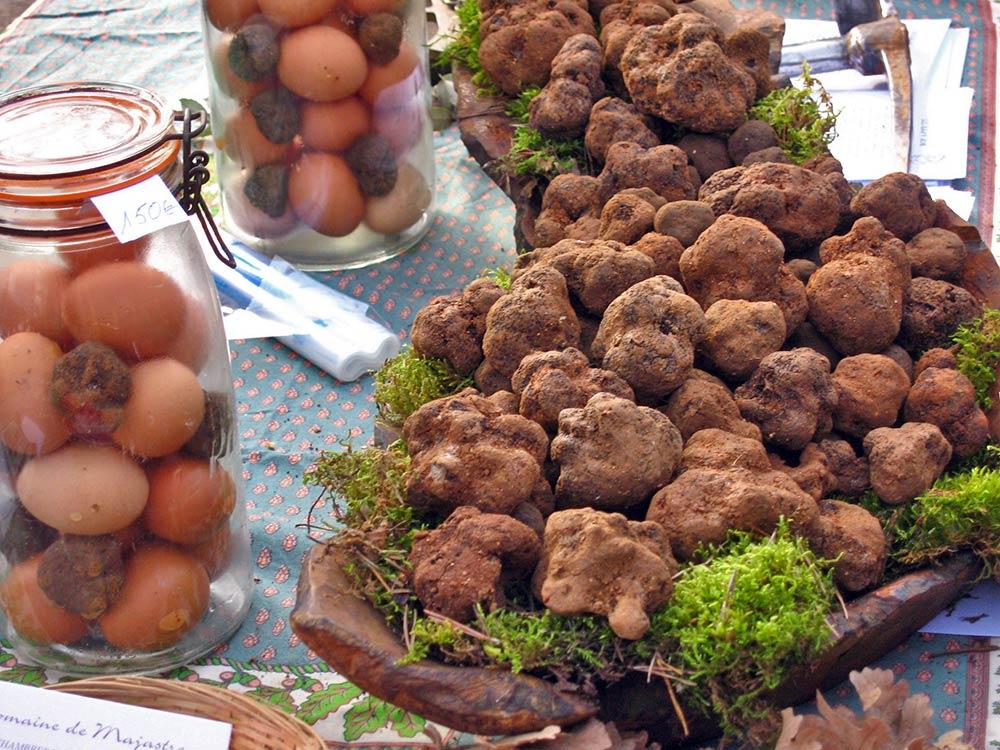 truffle-market-057.jpg