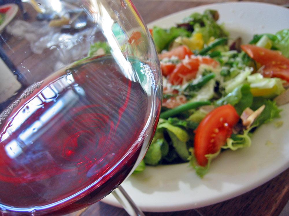 Beaujolais_salad.jpg