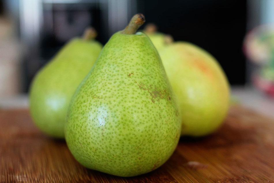straw-pear.jpg