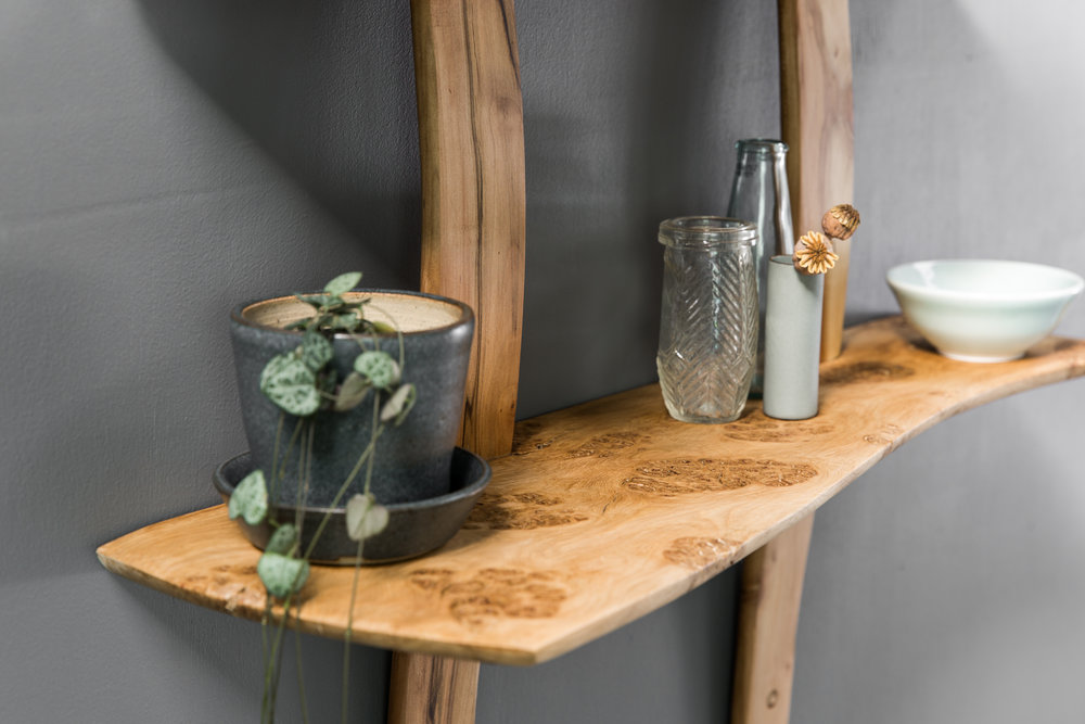Pipi Oak Shelf