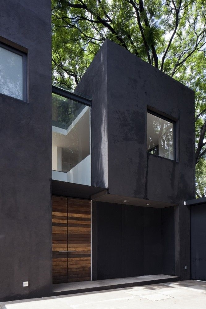 Privat house with black exterior. It strengthen the look of the house.