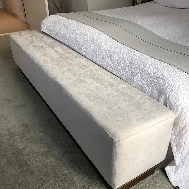Handmade beautiful wooden and velvet ottoman with brass decor in base from LA FAMIGLIA FURNITURE @lafamigliafurniture . Timeless pieces from @lafamigliafurniture . For more information visit www.lafamigliafurniture.dk