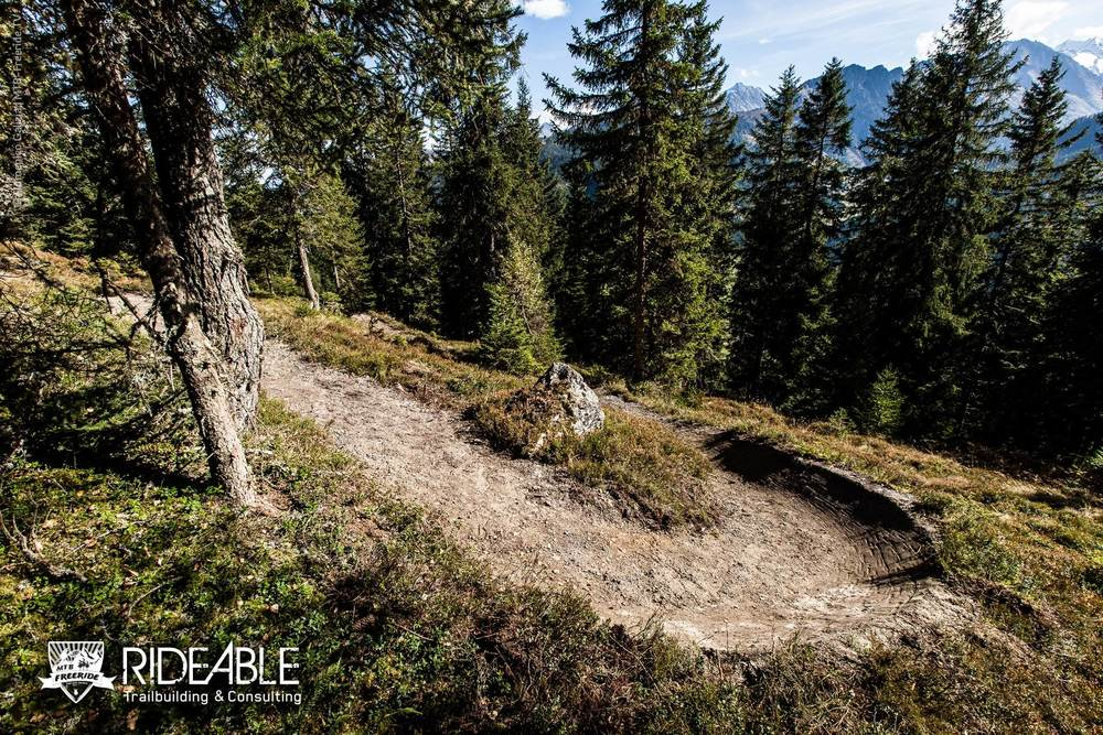 ridable_trailbuilding_Gerlos_2014-004_logo.jpg