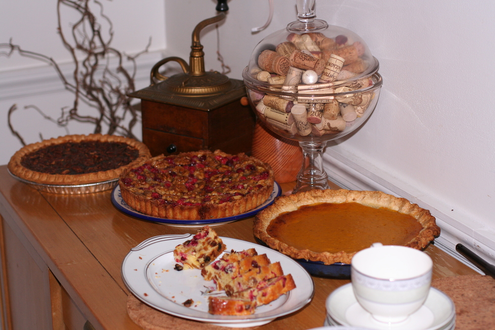 The completed pumpkin pie among other Thanksgiving desserts.