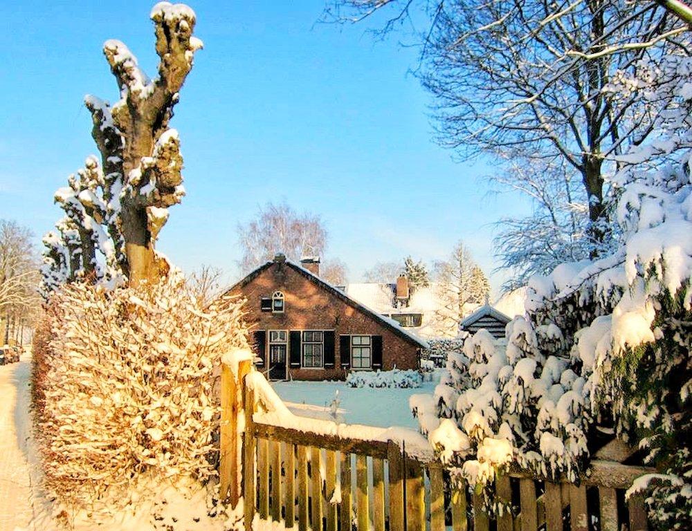 Huis in de sneeuw.jpg