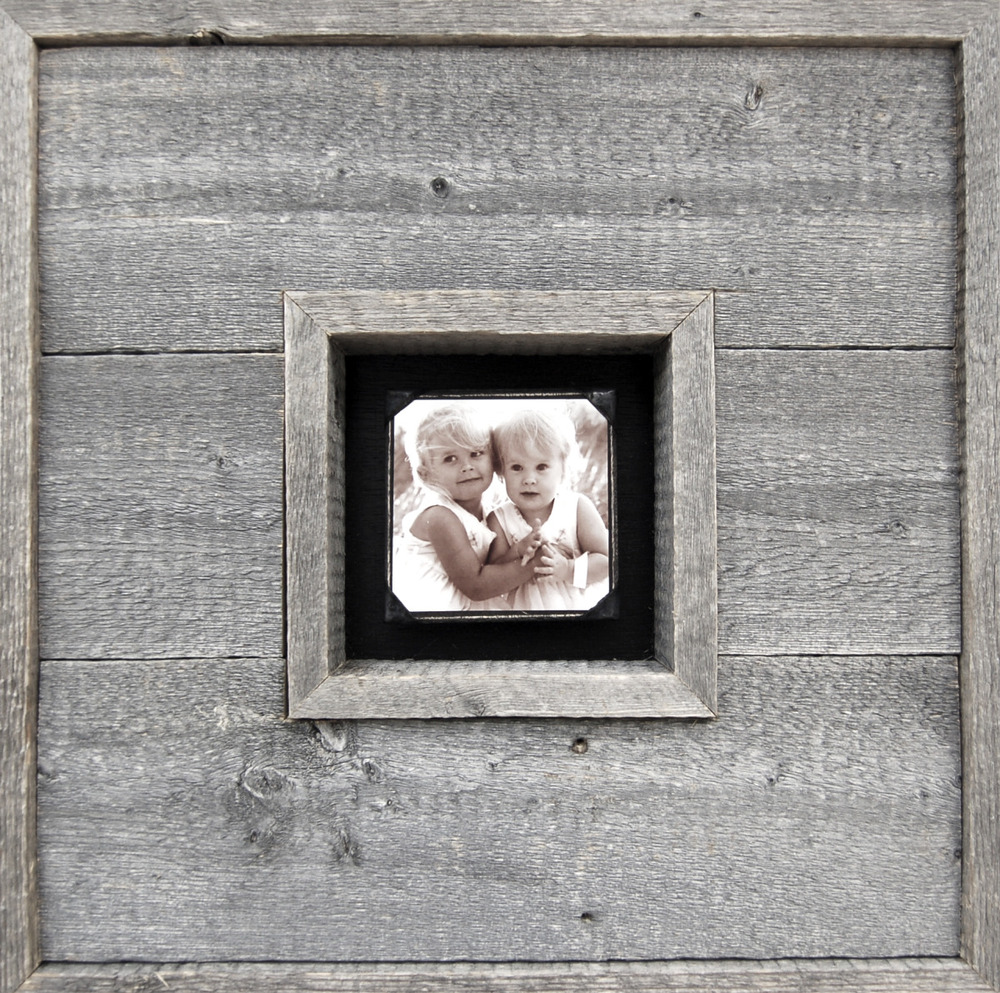 RECLAIMED PHOTOBOX