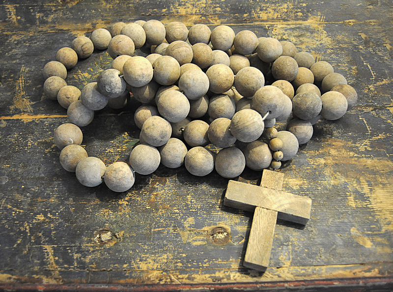 PRAYER BEADS WITH CROSS