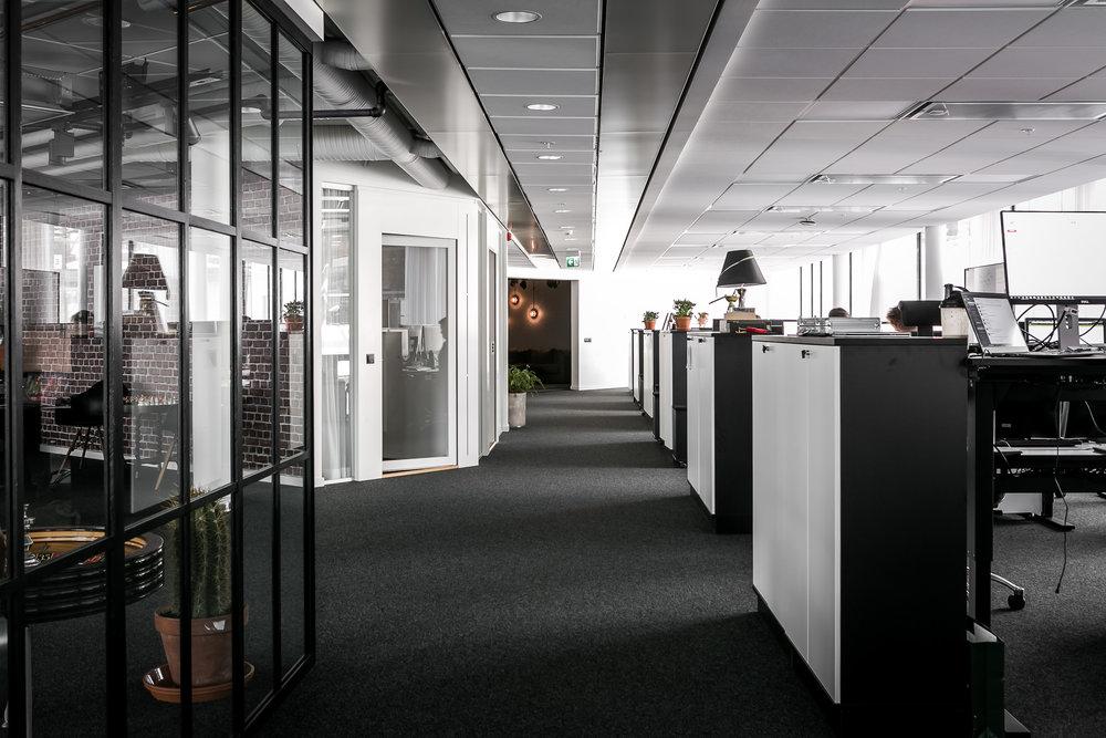 Arbetsytor & samtalsrum. Foto: Henrik Nero