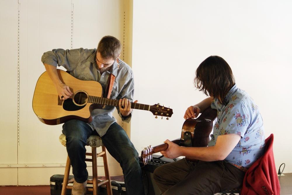 LIVE MUSIC  w/Barry Johann & Andy Jones