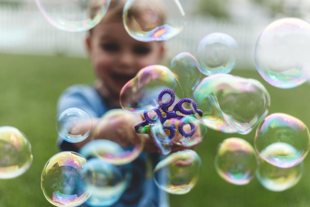 kids bubble photography