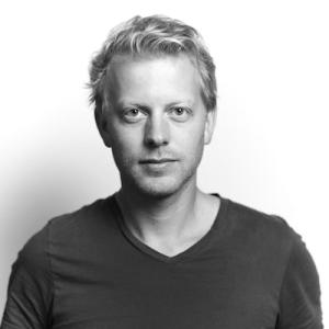 Julian Bakker