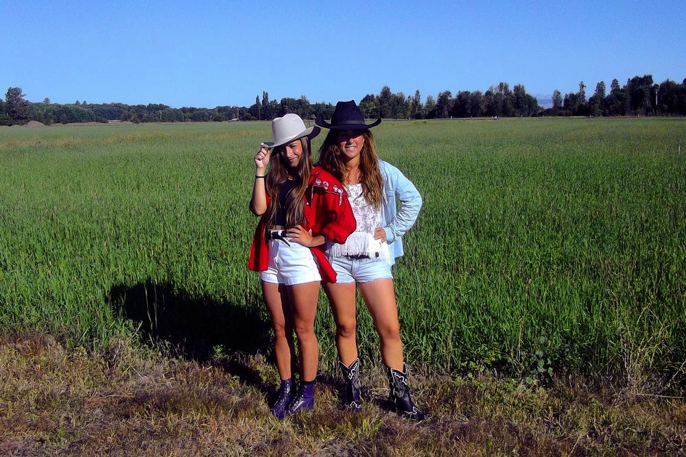 Tamara y Elisenda en Ellensburg, Septiembre 2012.