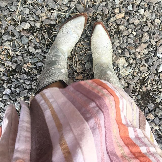 Weddings + cowboy boots ✨ My happy place.