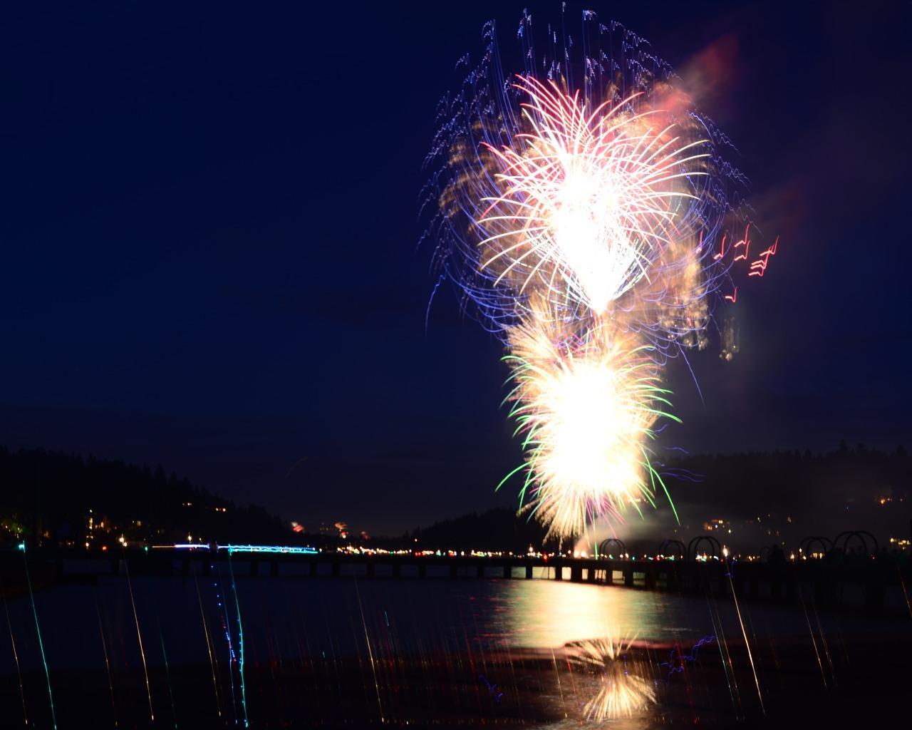 Lake Oswego Fireworks