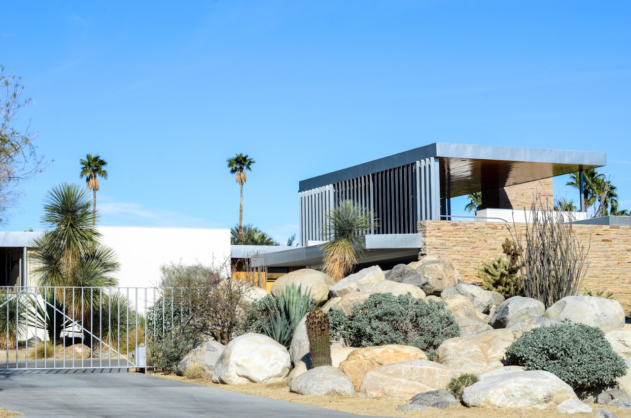 For Tyler's mom, we wanted to check out the Frank Lloyd Wright inspired Kauffman Desert house while we were in Palm Springs. We would love to live in one of these! Kauffman was the man who commissioned FLW's most famous Fallingwater in Pennsylvania.