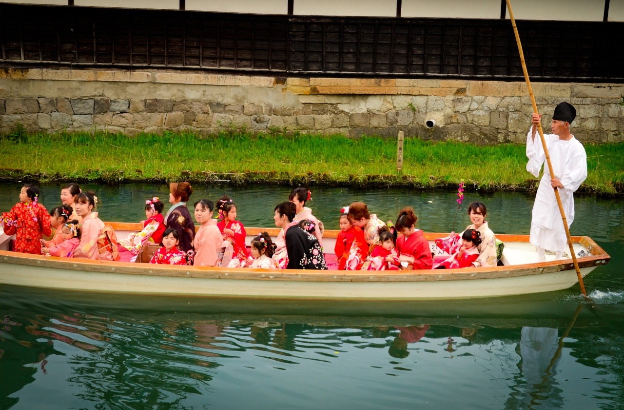 Yanagawa Hinamatsuri (Girl's Festival) River Parade