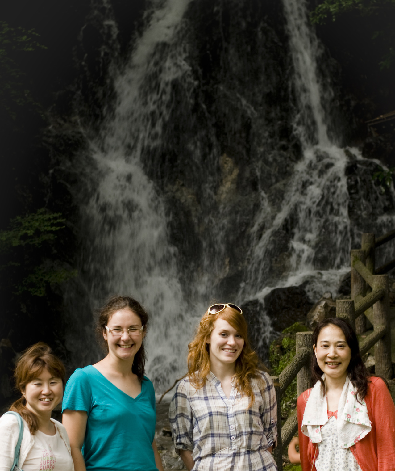 After blueberry picking, we decided to go to a waterfall in Ukiha. It was a great way to cool off and relax. The waterfall was up in the mountains and it was probably at least 10 degrees cooler there. We were all in agreement it was much nicer relaxing there than sitting in our sweaty apartments.