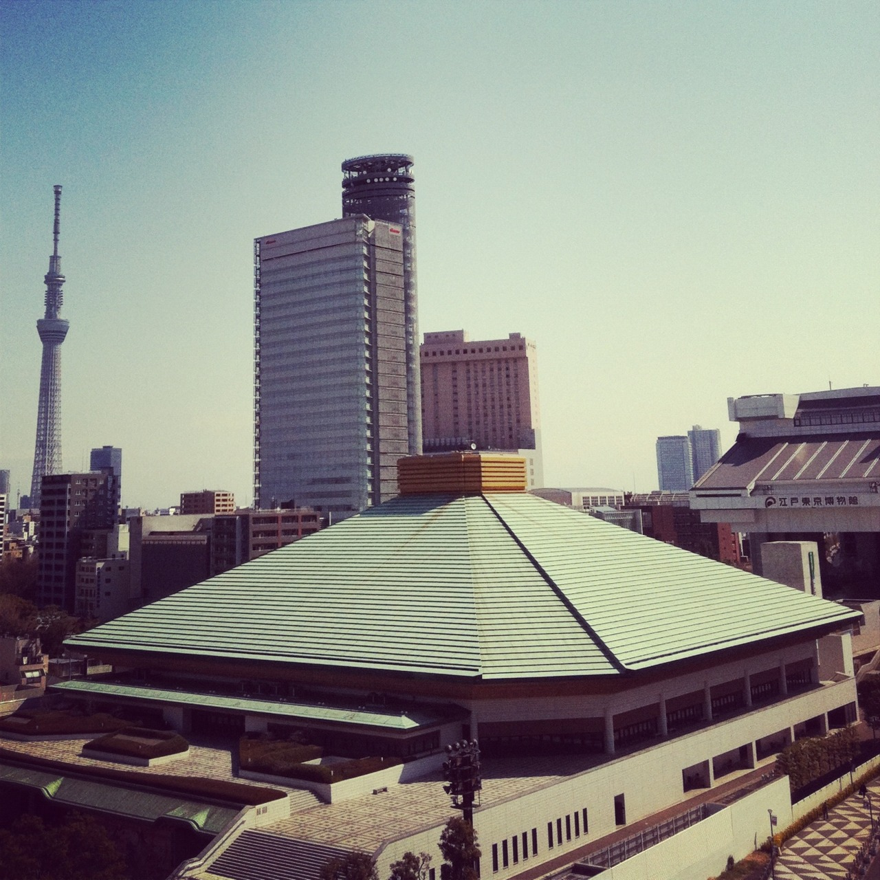 A view from one of our hotel rooms.  That greenish roofed building is the Tokyo Sumo Stadium.