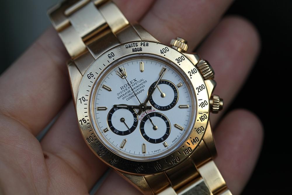 Копия часов rolex соответствует особенностям оригинальной коллекции.
