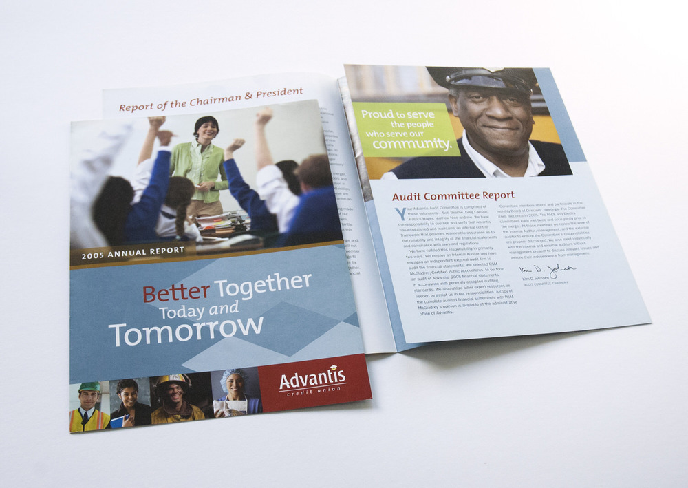 advantis-brochure-fold-spread.jpg