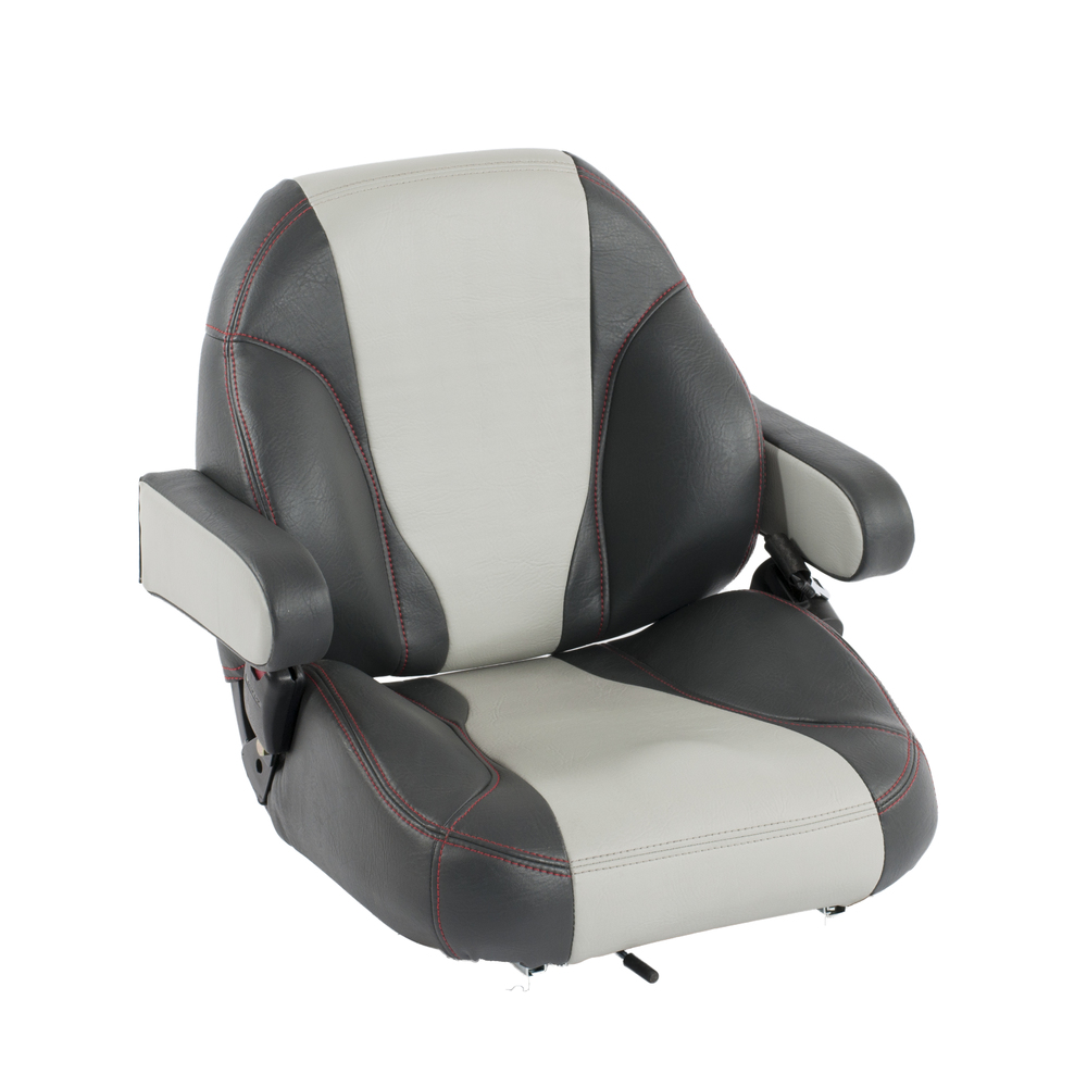 Our 600 series seat is our most comfortable of the family of seats, featuring a soft foam package, wide profile and thick bolsters that form to your shape.